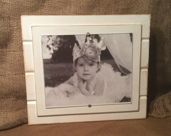 Distressed wood picture frame 8x10