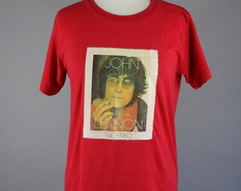 Vintage 80s Women's Red John Lennon T Shirt