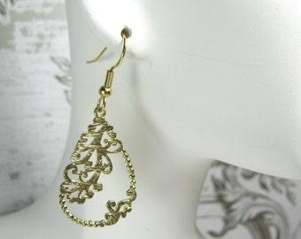 Gold teardrop filigree earrings, surgical steel, nickel free earrings, wedding, gift for her, dangle/drop, floral jewelry, Andesbeads