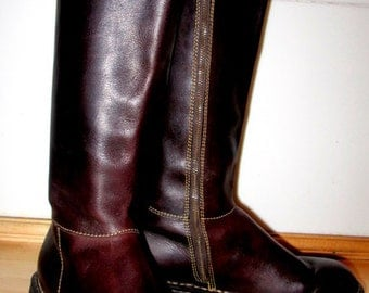 Born Boots.  Vintage Born Boots.  Brown Born Boots. Size 7.5 Euro 38.5