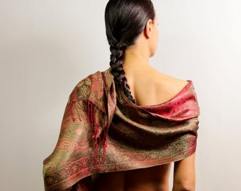 Pure Silk Shawl, Pashmina, Paisley Scarf, Pashmina Scarf, Bridal Shawl, Shoulder Wrap, Green Red Head Wrap, Unique Gift Women Accessories