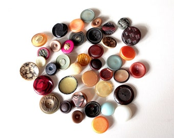 40 Vintage Buttons // Mixed Lot // 40s 50s 60s //  New Old Stock Buttons // Assorted Sample Pack // Destash  // BD205
