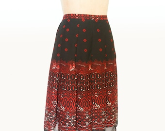 Pleated Red and Black Printed Skirt