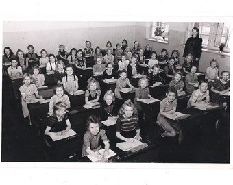1960's BERLIN Antique SCHOOL photo postcard - Vintage white and black photography