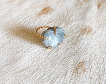 Chalcedony Druzy and Gold Ring - druzy ring - sparkly ring - druzy and gold ring - claw setting - boho ring - cocktail ring - glittery ring