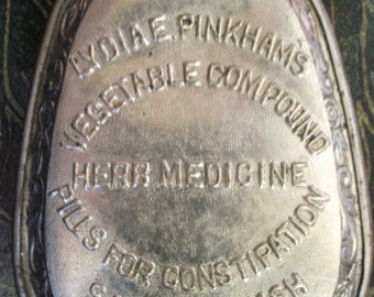 1800's Lydia E Pinkham's Vegetable Compound HERB MEDICINE Pills for Constipation Sanative Wash Metal Container