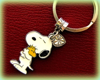 SNOOPY and WOODSTOCK (PEANUT's) Keychain Jewelry - Snoopy the dog  Woodstock the Bird