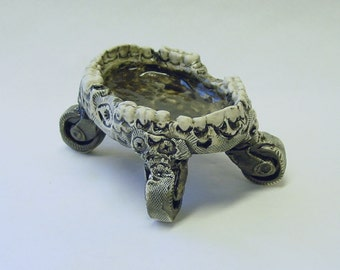 Jaws on Wheels Key, Ring or Sauce Bowl