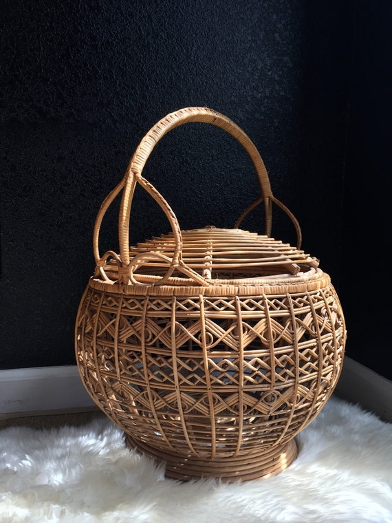 franco albini style large bamboo rattan basket with lid. Black Bedroom Furniture Sets. Home Design Ideas