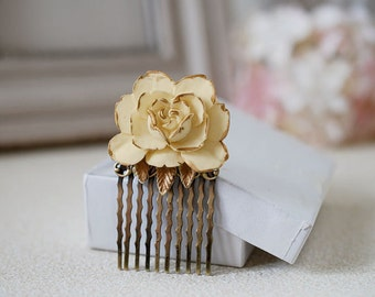 Ivory Rose Hair Comb. Wedding Hair Comb, Bridal Hair Comb, Cream Ivory and Gold Flower Hair Comb, Antique Brass Vintage Style Shabby Chic