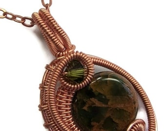 African Green Opal and Copper Woven Circle Pendant with Swarovski Crystal and Chain (MWCPC0)