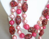 """VTG 22"""" Triple Strand Beaded Necklace in Pink Tones, Art Glass Beads, Japan"""