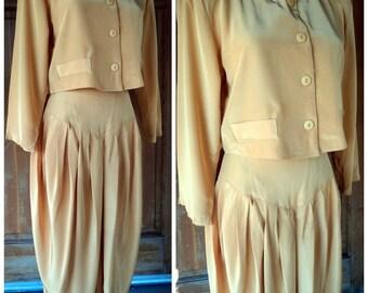 Vintage 80s Pant Suit Extreme 1980s Shiny 2 piece Harem Pants Crop Jacket Oversize Pantsuit 80s Party sz. 9 up to 36 bust