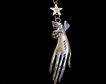 Hand of the witch Victorian necklace