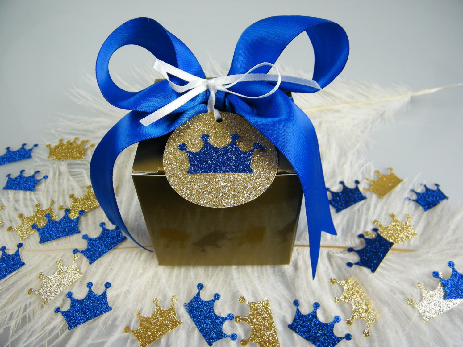 Little royal prince baby shower gift box kit royal blue for A new little prince baby shower decoration kit