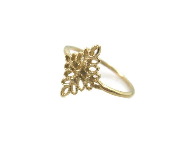 lace ring 14k yellow gold floral ring leaves gold ring