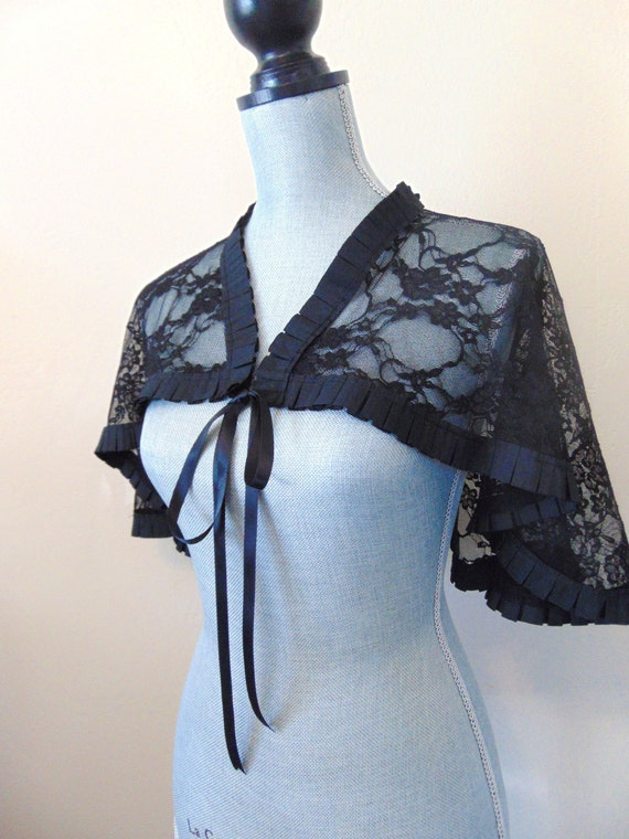 SALE Black Lace Bridal Capelet Shrug Cover Up Ruffled Black Cape Capelet Gothic, Black Lace Capelet, Black Lace Shrug, Lace Cape PENNY