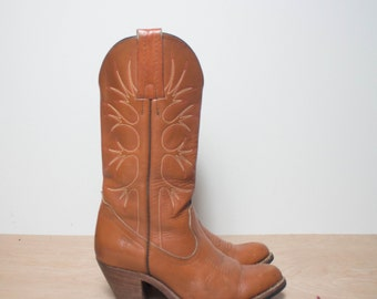 6 1/2 B   Vintage Frye Western Boots Tall Heel Cowboy Boots in Brown