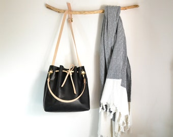 Black Leather Bucket Bag, Bucket Bag, Wife Gift, Bucket Crossbody Bag, Bucket Tote, Womens Gift, Gift For Her, Vegetable Tanned Leather,