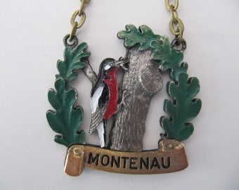 Woodpecker medal medallion, vintage Belgian medals, 1975 woodpecker bird medal from Montenau Belgium, jewelry keychain component, Ardennes