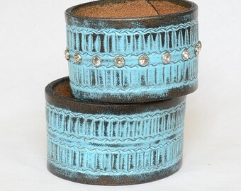 His and Her's Turquoise Leather Cuff Bracelets, Wedding Cuff Bracelets,  Tribal Full Grain Leather Cuff Bracelets, Leather Man Cuff
