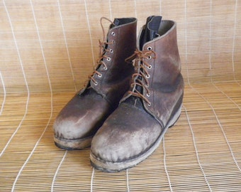 Vintage Man's Brown Leather Lace Up Boots Wooden Sole - Size 44 EURO / US 11