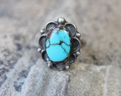 Simple Turquoise RING / Southwestern Jewelry / Sterling Silver Size 5 1/2 Ring
