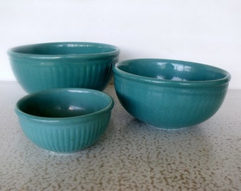 1930s Ribbed Pottery Red Wing Mixing Bowls Set 3 Gypsy Trail / Reed Pattern Turquoise Serving