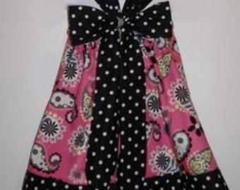 Girls Pillowcase Dress..Pink Paisley with big bow in back...Custom. sizes 0-6, 6-12, 12-18, 18-24 months, 2T, 3T..Bigger sizes AVAILABLE