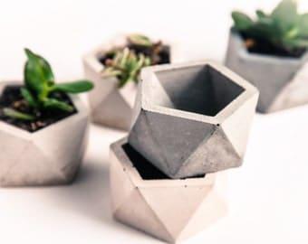 Hexagon Geometric Tea light or Planter (Set of 3),  Gift under 25, Concrete planter, Concrete Candle, Concrete Tealight