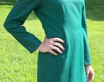 Vintage 80s Ladies Kelly Green Dress by Talbots Size 6 Only 15 USD