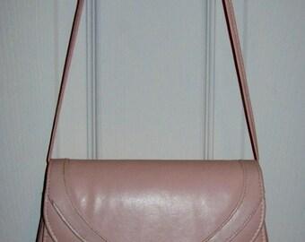 Vintage 1970s Ladies Pink Shoulder Bag Purse Only 8 USD