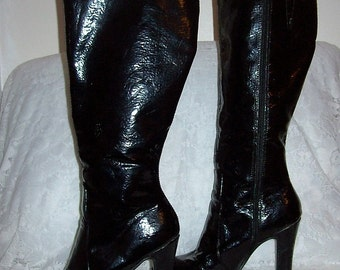 Vintage Ladies Black Patent Knee High Go Go Boots by Mossimo Size 5 1/2 Only 15 USD