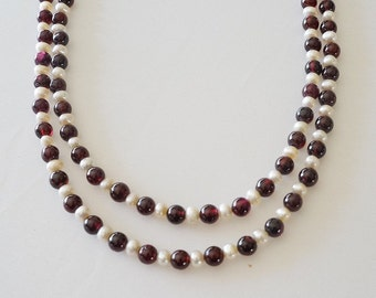 Garnet Pearl Necklace / Two strands Necklace / Gemstone Necklace / Semi Precious Necklace / Garnet Jewelry /January Birthstone Necklace