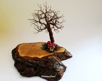 Autumn Tree Sculpture With Toadstools ~~~ Wire Tree Sculpture ~~ Tree Of Life