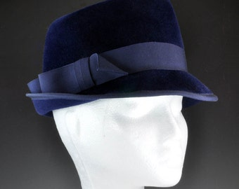 Vintage Ladies Hat - Navy Blue Fedora - Women's C1950s Hat with Decorated Box - Peachbloom Velour Merrimac Body - Hat for Sunday Church