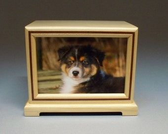 Pet Urn, 90 c.i.- Maple and Bubinga Inlay Pet Photo Urn  with Lacquer Finish