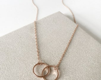 Dual Link Circle in Rose / Gold Necklace