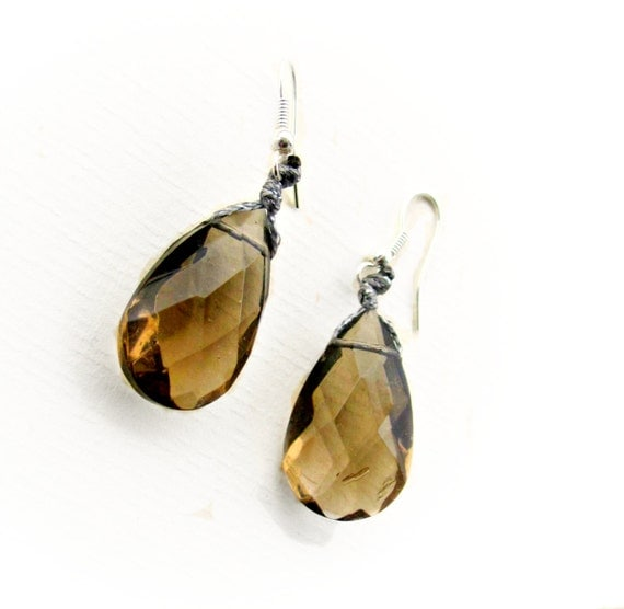 Tear drop Earings / Brown Briolette earring / Faceted Crystals/  Winter Fashion