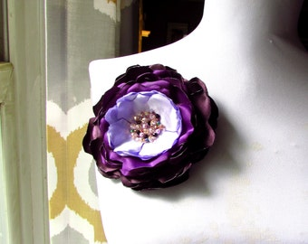 OMBRE Purple Silk Flower Brooch, Plum Large Fabric Flower Pin, Big Floral Brooches, Crystal Pearl Beaded Satin Lavender Flower Broach Gift
