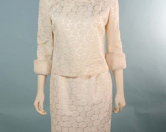 "VTG 60s Mod Off White Brocade Ladies Cocktail Suit/ Pencil Skirt Faux Fur Trim/ Wedding Party Day to Evening Outfit/ Skirt Waist 25"" SZ S"