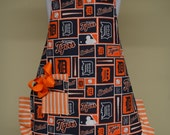 Detroit Tigers, Little Girls Cooking Apron, Size 5-8, ready to ship as pictured, Baking Apron