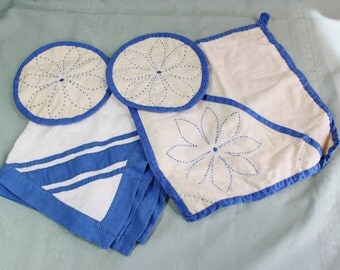 Hand Made Pot Holders, Kitchen Towel, Hot Pads- White with Cobalt Blue- Set of Four vintage/ antique kitchen linens