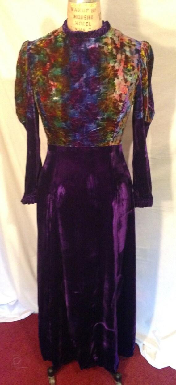 Vintage Crushed Velvet Long Sleeve Purple Dress D72