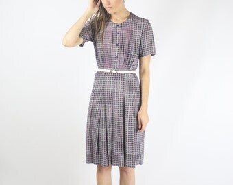 Japanese Vintage Dress, Plaid Day dress, Blue Pink Button up Pleated Short sleeve, Medium