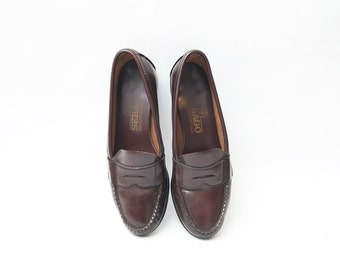 Vintage brown leather handsewn loafers