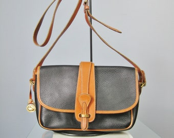 Dooney and Bourke Bag / Vintage Black and Tan Shoulder Bag /  Pebbled leather /