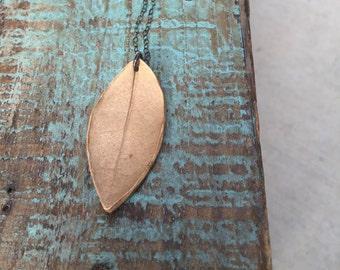 Leaf bronze necklace