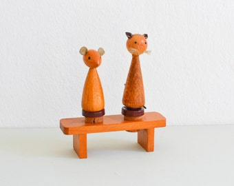Cat bottle stoppers, mouse wood bottle stoppers, cat figurines, Mid-Century Modern figurines, 60s figurines, cat gift