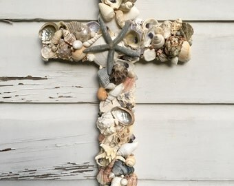 Seashell Cross on Reclaimed Wood/Beach House Wall Decor/Beach Wedding Cross/Seashell Home Decor